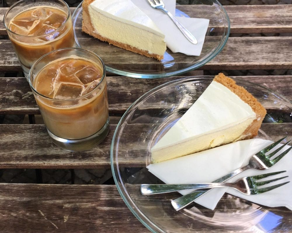coffee and Berlin cheesecake in Kreuzberg
