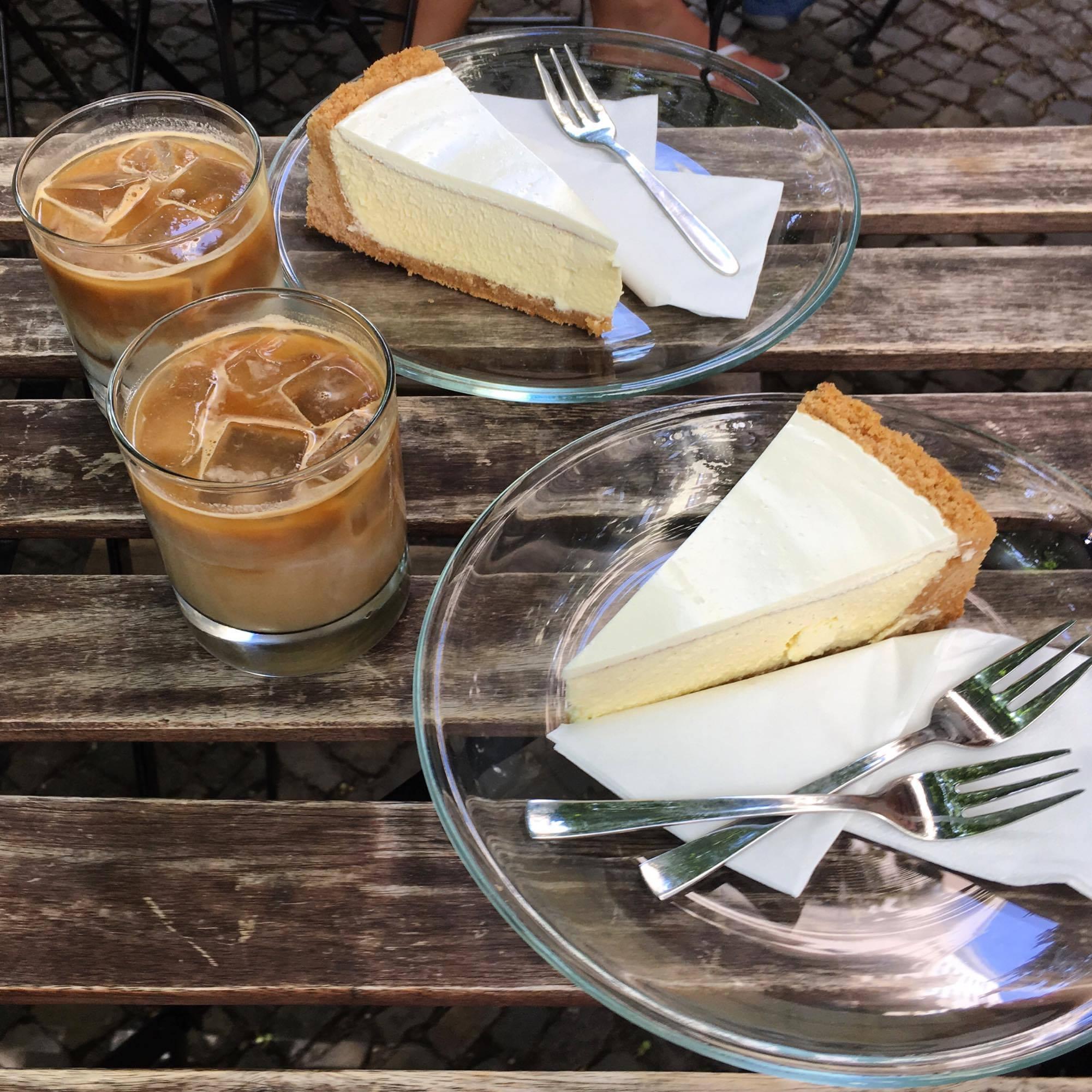 coffee and Berlin cheesecake in Kreuzberg