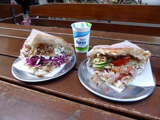 Doner Kebab Berlin|Fork & Walk Tours Logo